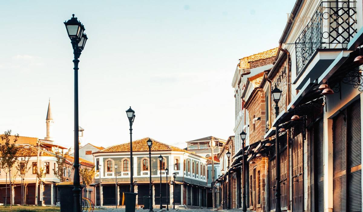 Тирана архитектура
