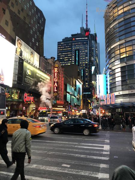 США. Нью-Йорк. Манхэттен. Таймс Сквер