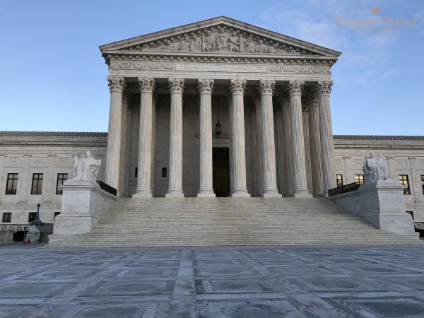 Вашингтон. Здание Верховного суда США