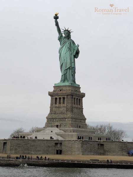 Нью-Йорк. США. Статуя Свободы