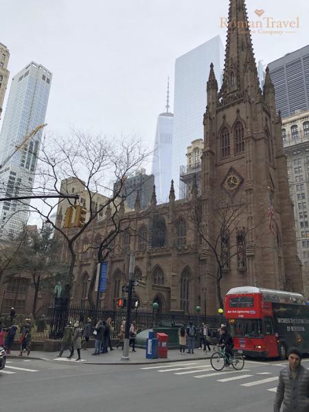 США. Нью-Йорк. Остров Манхэттен. Церковь Троицы