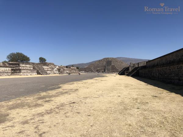 Пирамида Луны. Теотиуакан Мексика. Туры в Мексику
