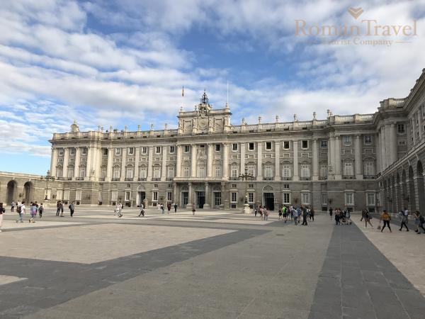 Испания. Королевский дворец Мадрид архитектура