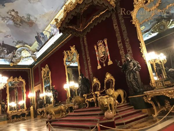 Испания. Королевский дворец Мадрид тронный зал