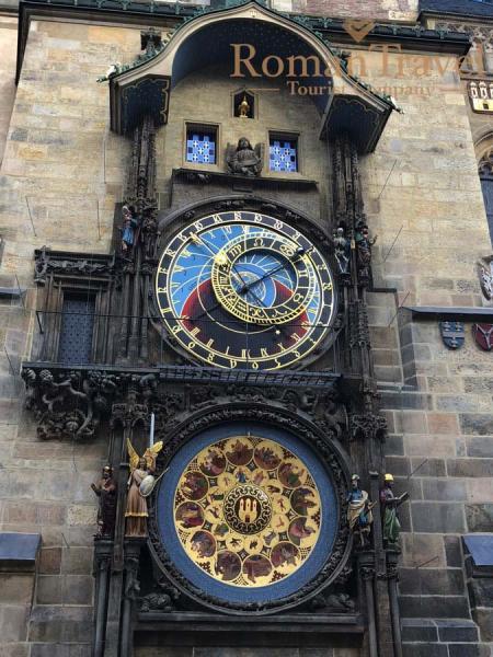 Туры в Чехию, Прагу из Одессы. Староместская площадь. Часы