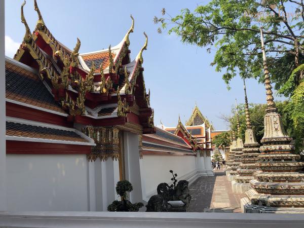 Бангкок. Храм лежащего Будды. Таиланд