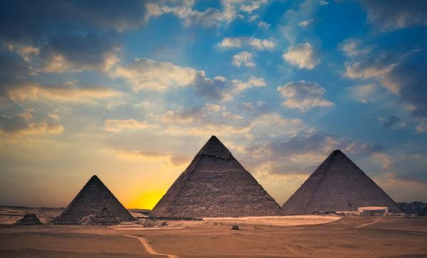 Египетские пирамиды в Каире